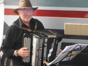 Accordeon festival met fastfingers Johny, van musette tot blues